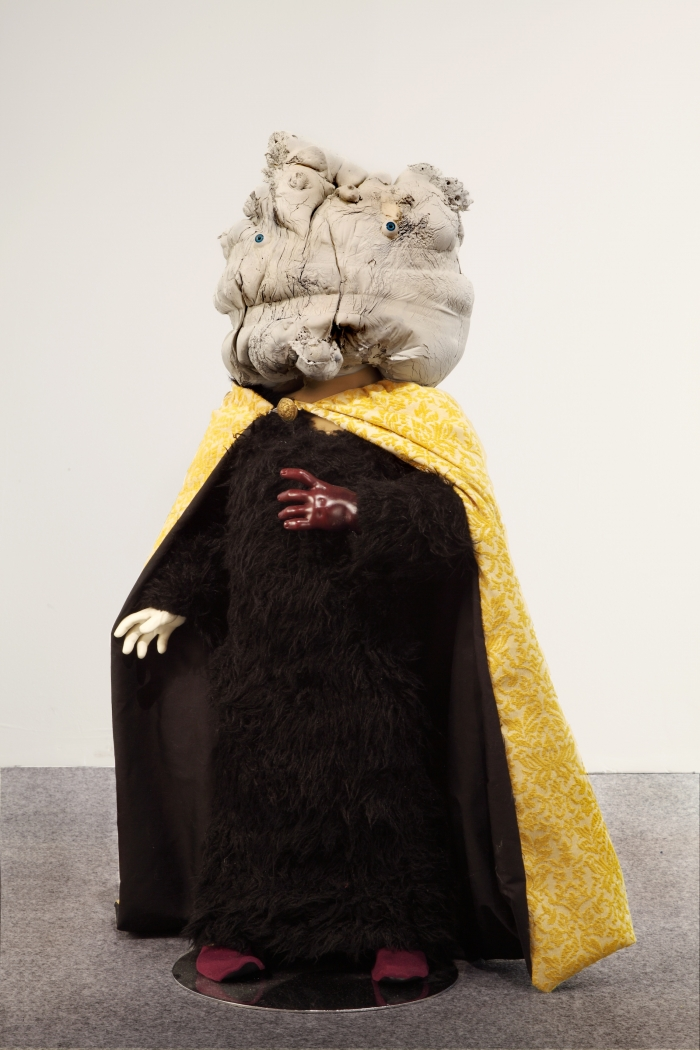 Mannys, plâtre, résine, tissus, 2011, Drop Fine Art, Neil Farber