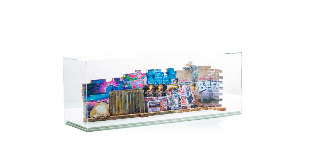 Rue de Lille, Paris - Verso 21,5x65,50x12cm. Un titre de propriété de mur est remis à l'acquéreur. Ex unique.